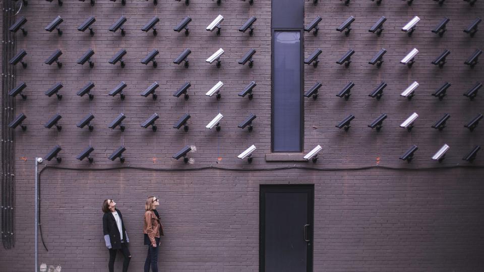 camera-surveillance-e1510052042940-960x540